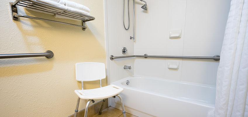 Bathroom Safety Tips to Prevent Falls and Injuries | Blue ...